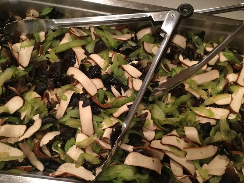 涼伴菜-芹菜木耳拌香乾