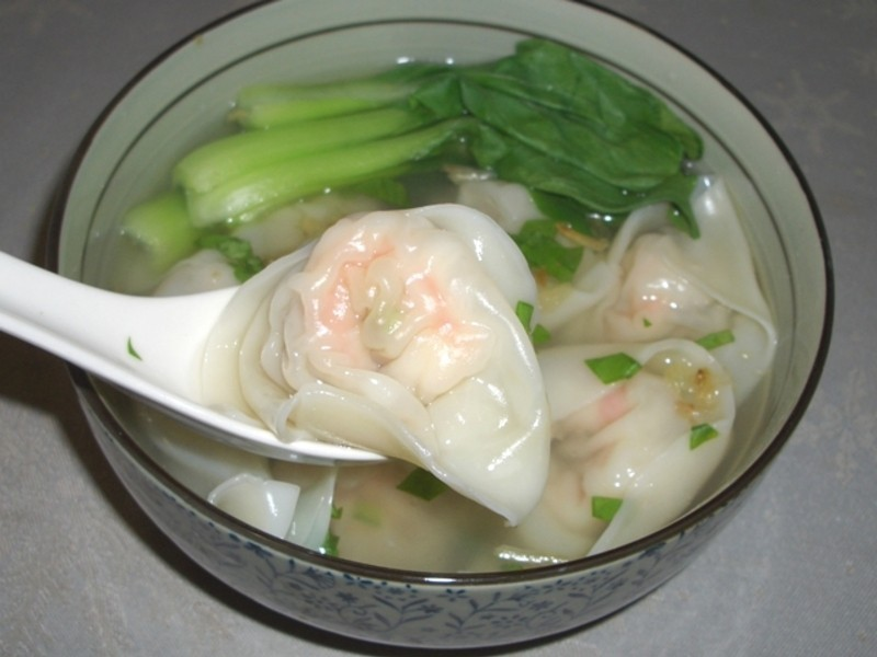 鮮蝦雲吞湯(大餛飩)~~
