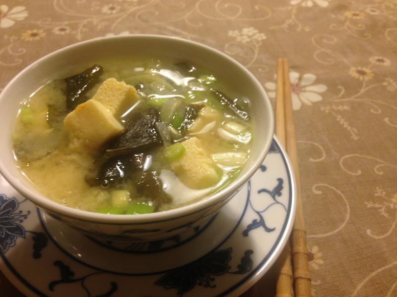 蛋豆腐味增湯