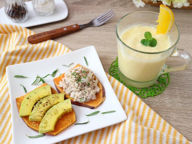 鮪魚沙拉地瓜土司+柳橙拉息
