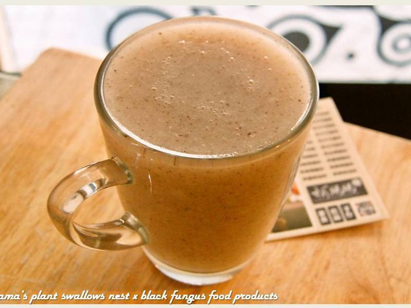 蜂蜜黑木耳米牛奶(熱).柯媽媽の植物燕窩