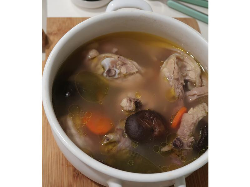 立冬料理 進補不會流鼻血之香菇雞湯