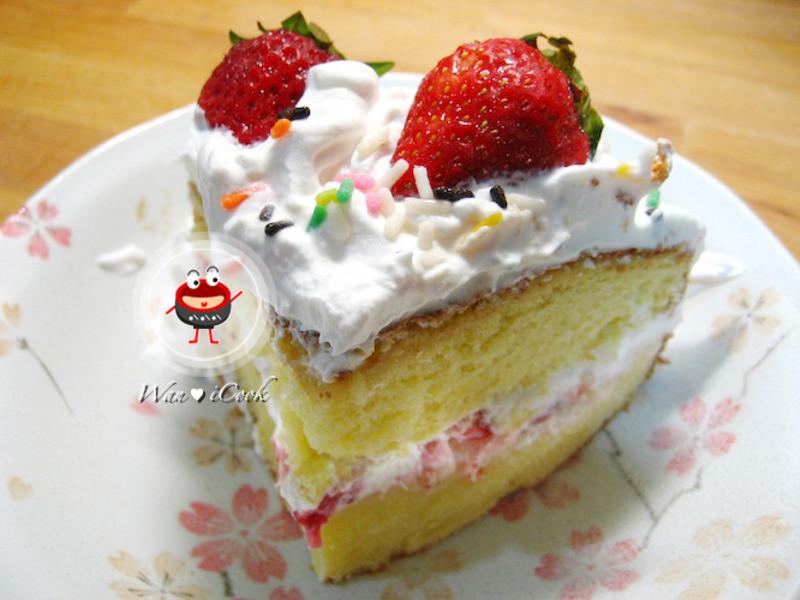 "♡宛の烘培好""食""光 ✿ 草莓奶油蛋糕"