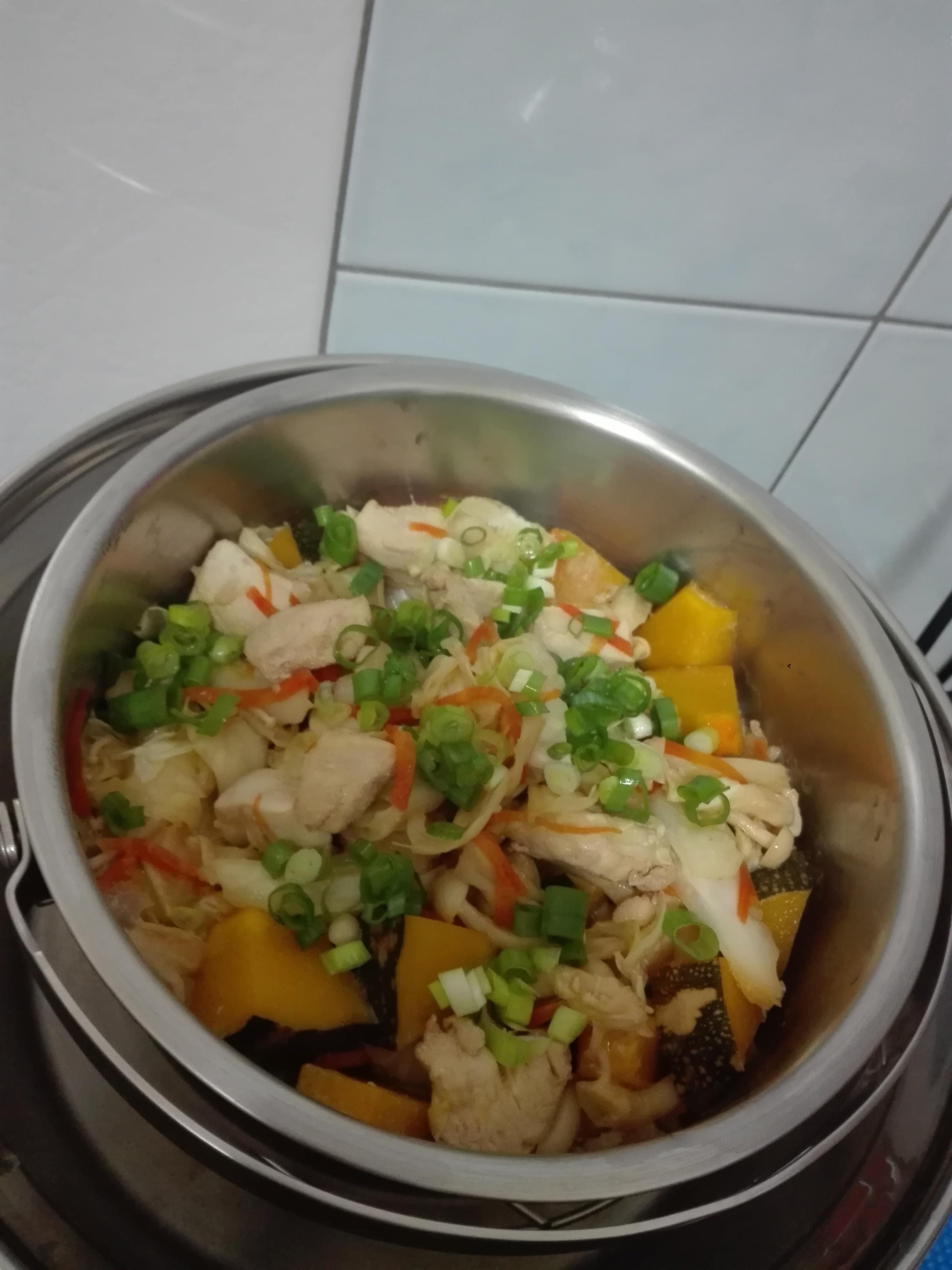 南瓜雞肉菇菇飯