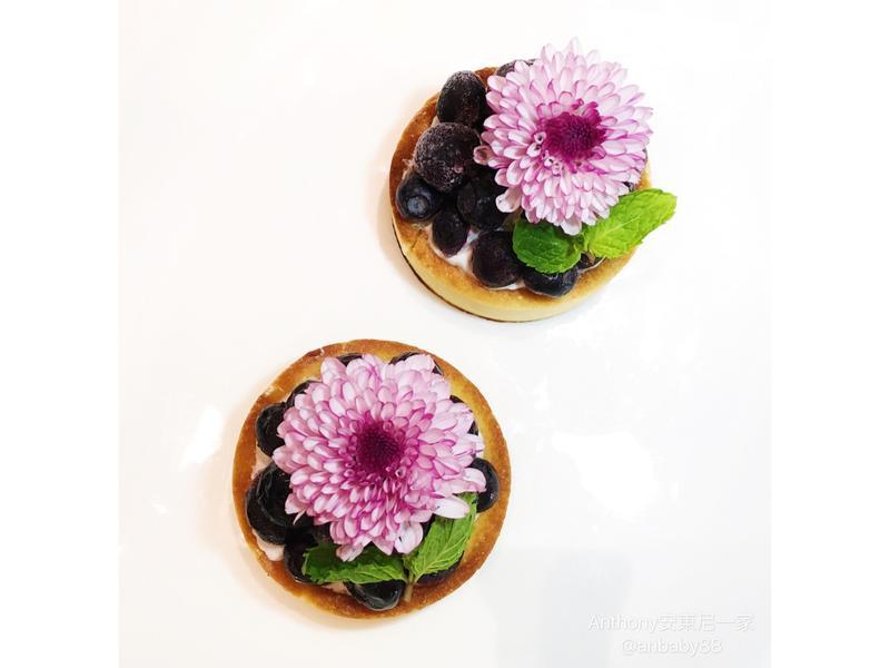 牡丹盛緞有機藍莓塔