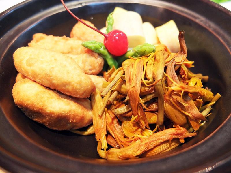 金針枇杷豆腐