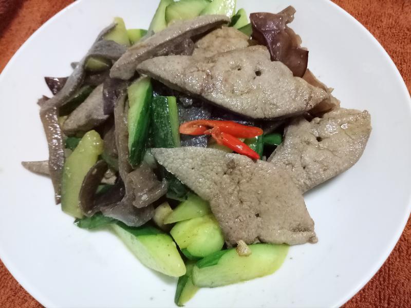 小黃瓜炒豬肝