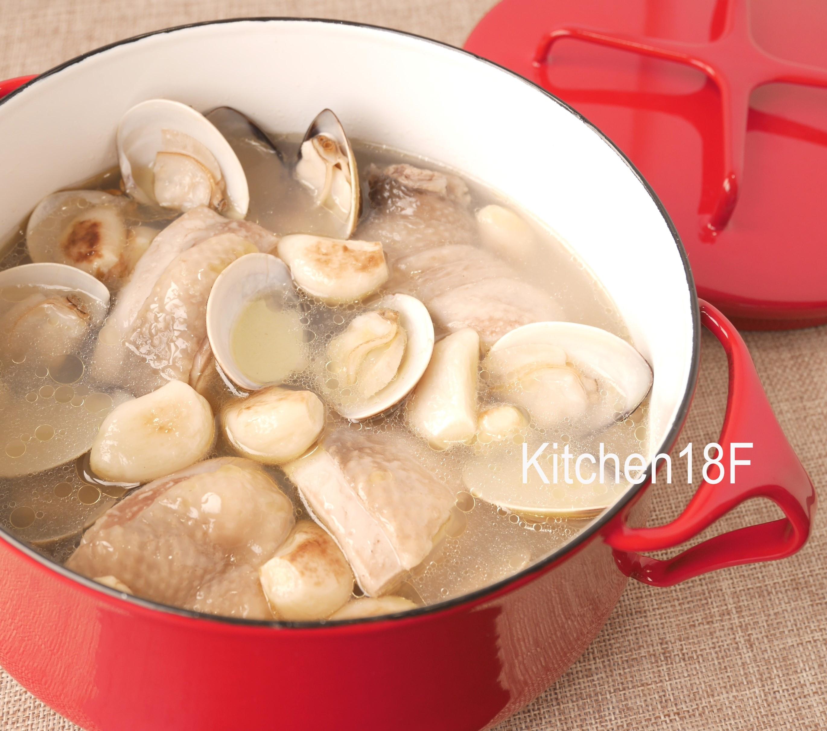 蛤蜊蒜頭雞湯_電鍋料理 湯頭濃郁秘訣