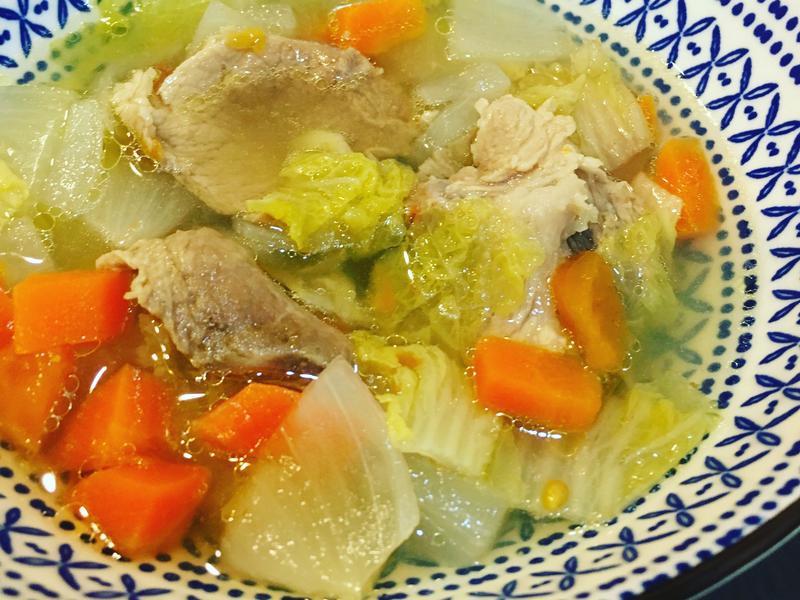 蔬菜肉片湯
