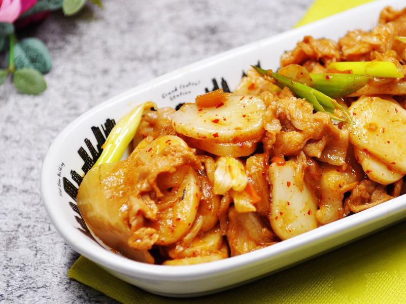 [鑄鐵鍋][一鍋到底]銷魂韓式泡菜炒年糕