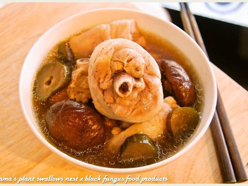黑木耳醬瓜雞湯.柯媽媽の植物燕窩