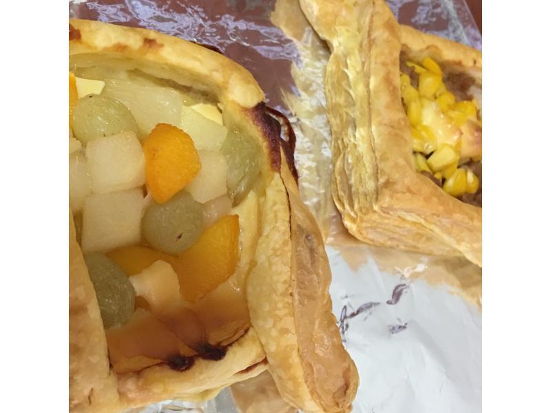 水果酥皮 ➕ 鮪魚玉米酥皮
