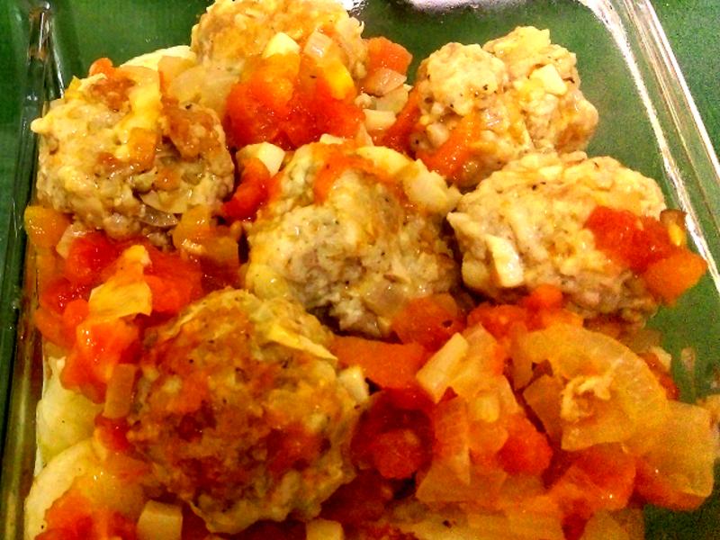 茄汁肉丸搭馬鈴薯米糰子