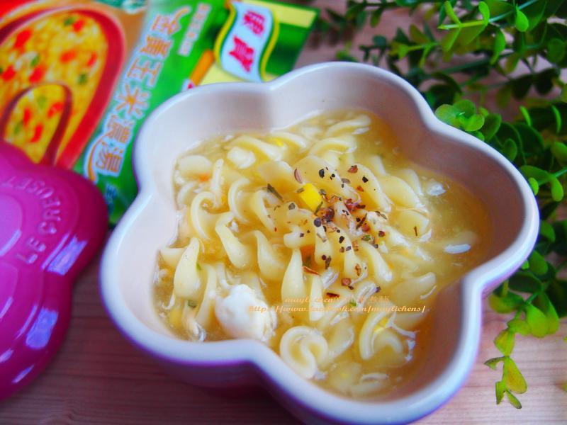 10分鐘玉米濃湯義大利螺旋麵
