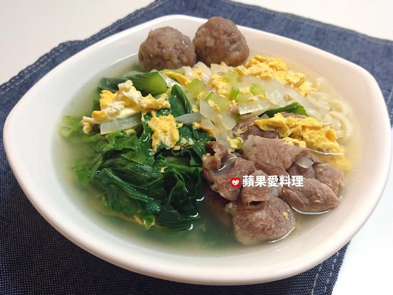 鮮蔬豬肉魚丸蛋花湯麵