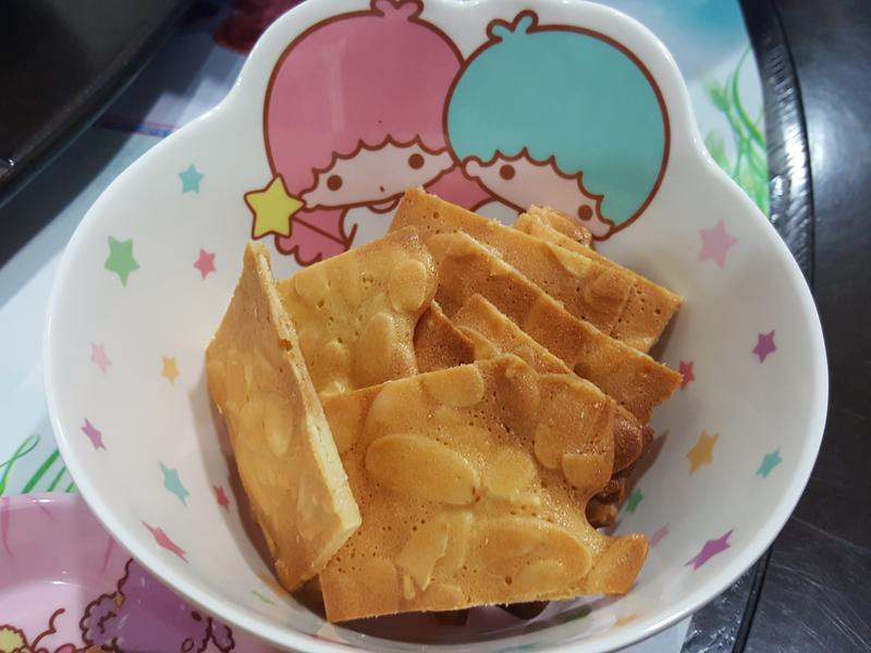 杏仁瓦片好好吃