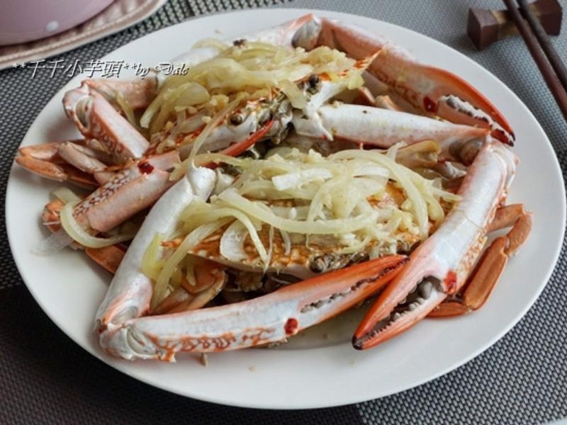 【烤箱料理】奶油蒜香洋蔥蟹