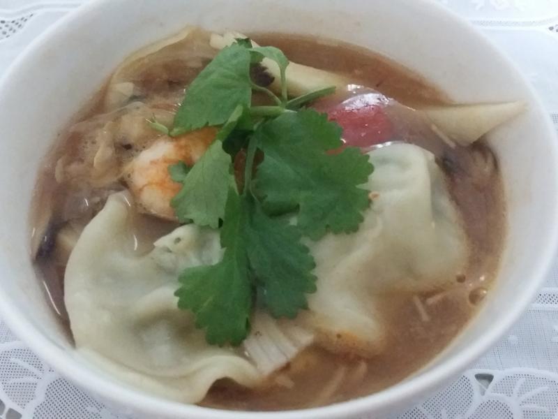 義式茄醬海鮮湯餃