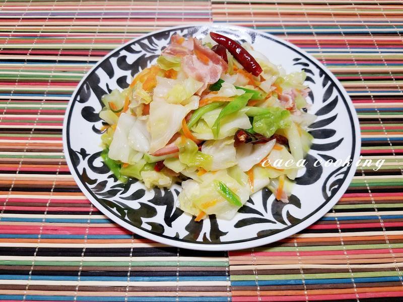 培根清炒高麗菜