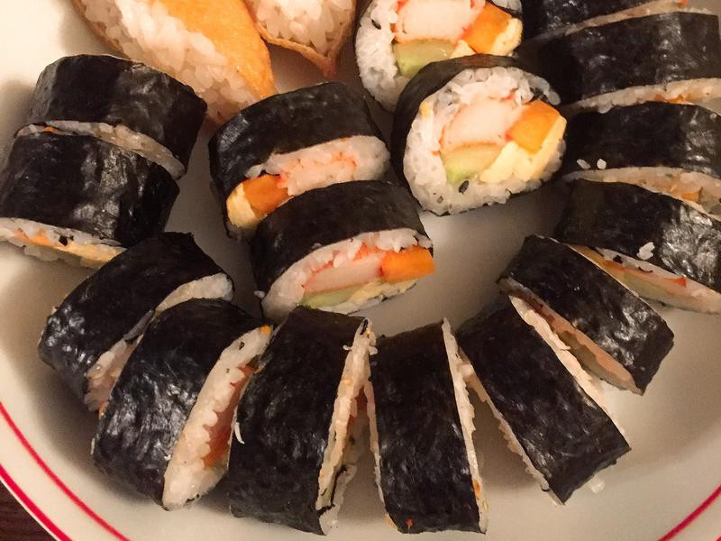 日式壽司捲一捲