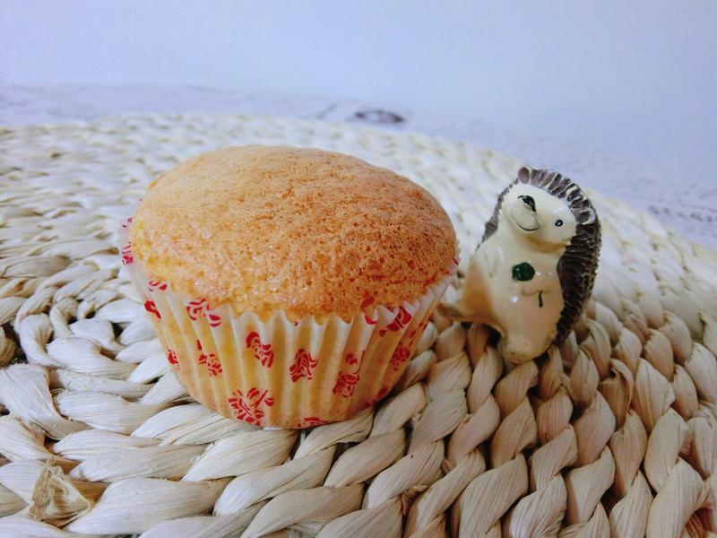 胡蘿蔔藜麥海綿杯子蛋糕