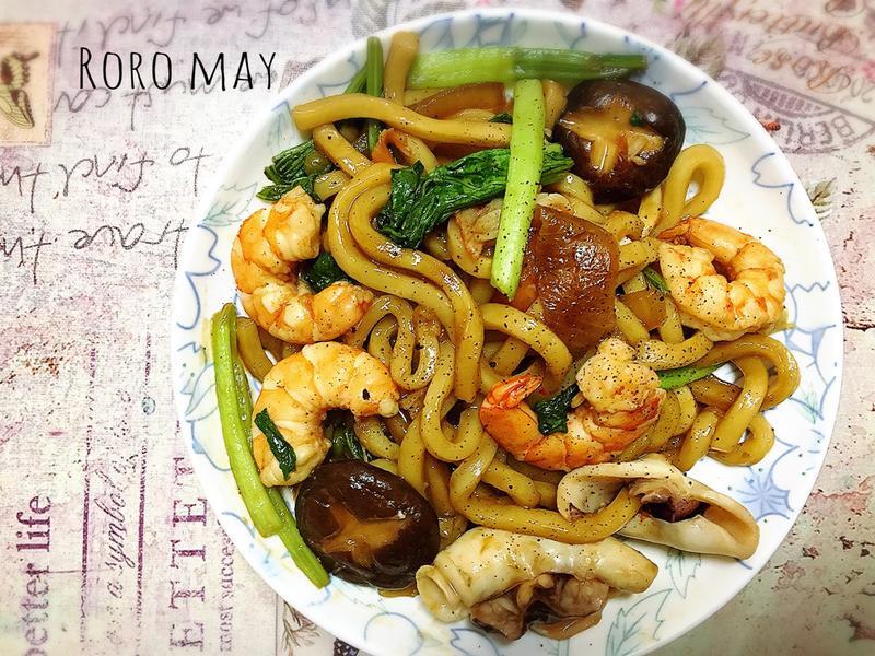日式海鮮烏龍麵