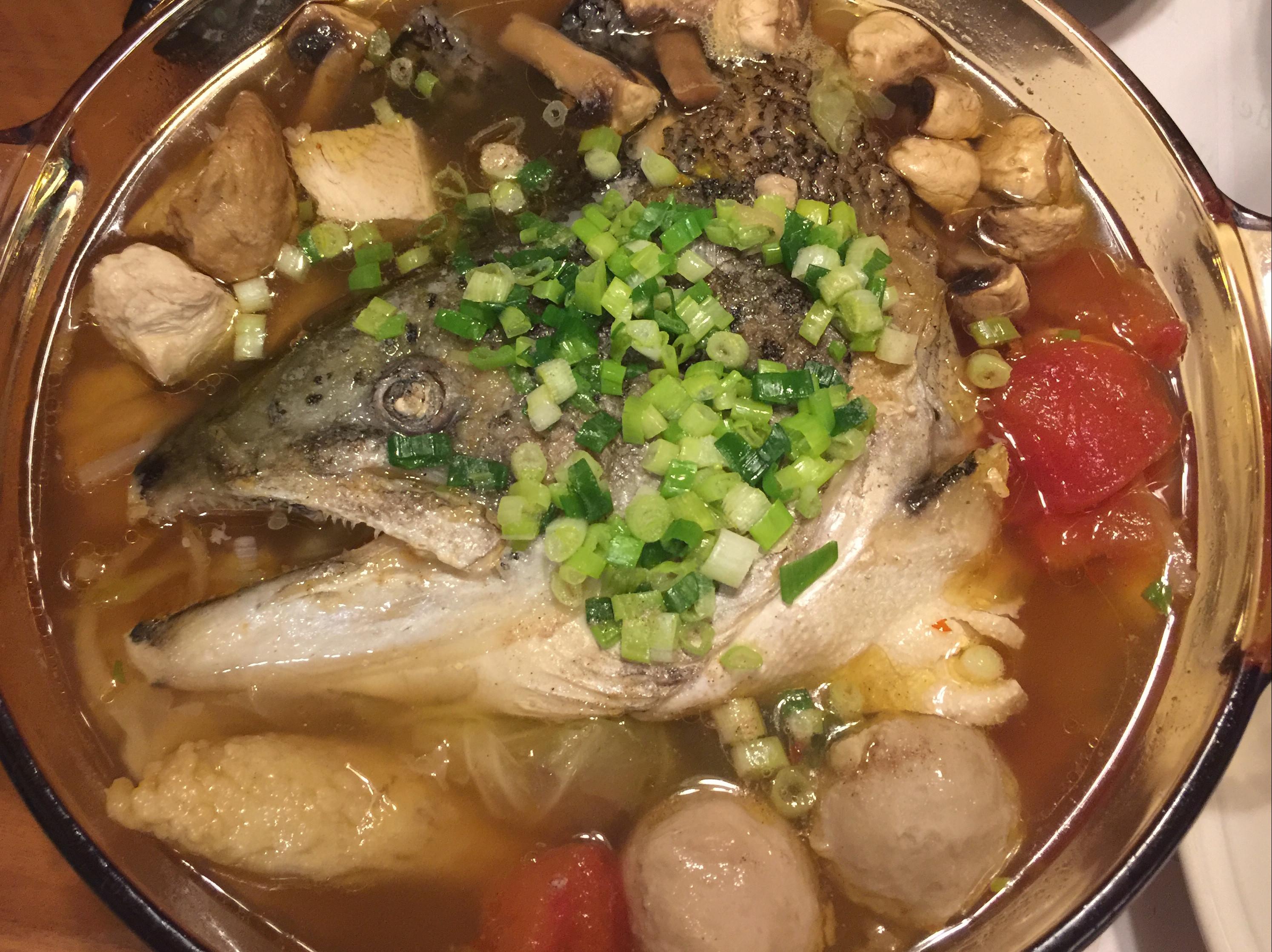 清爽鮭魚頭鍋
