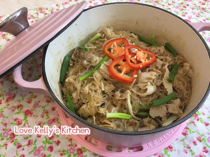 沙爹金菇豬腩肉粉絲煲
