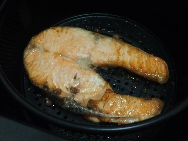 氣炸鍋食譜-烤鮭魚