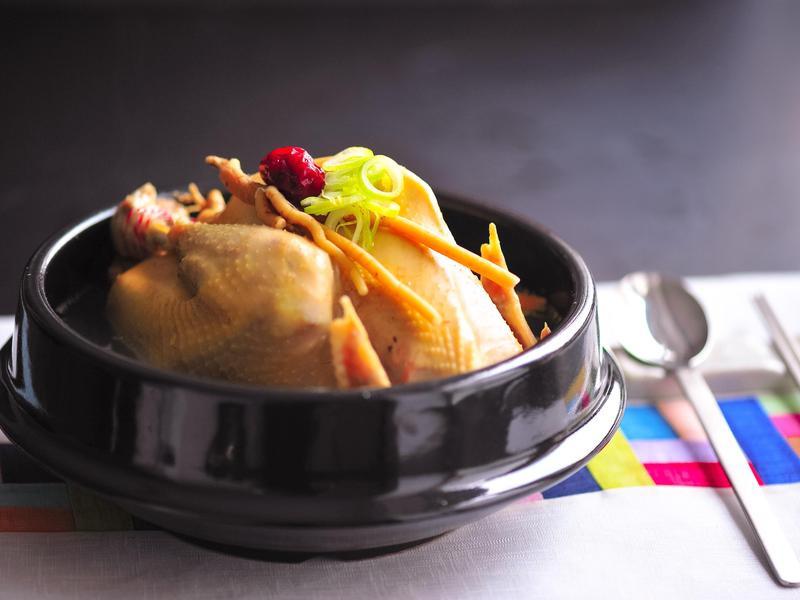 韓式蔘雞湯