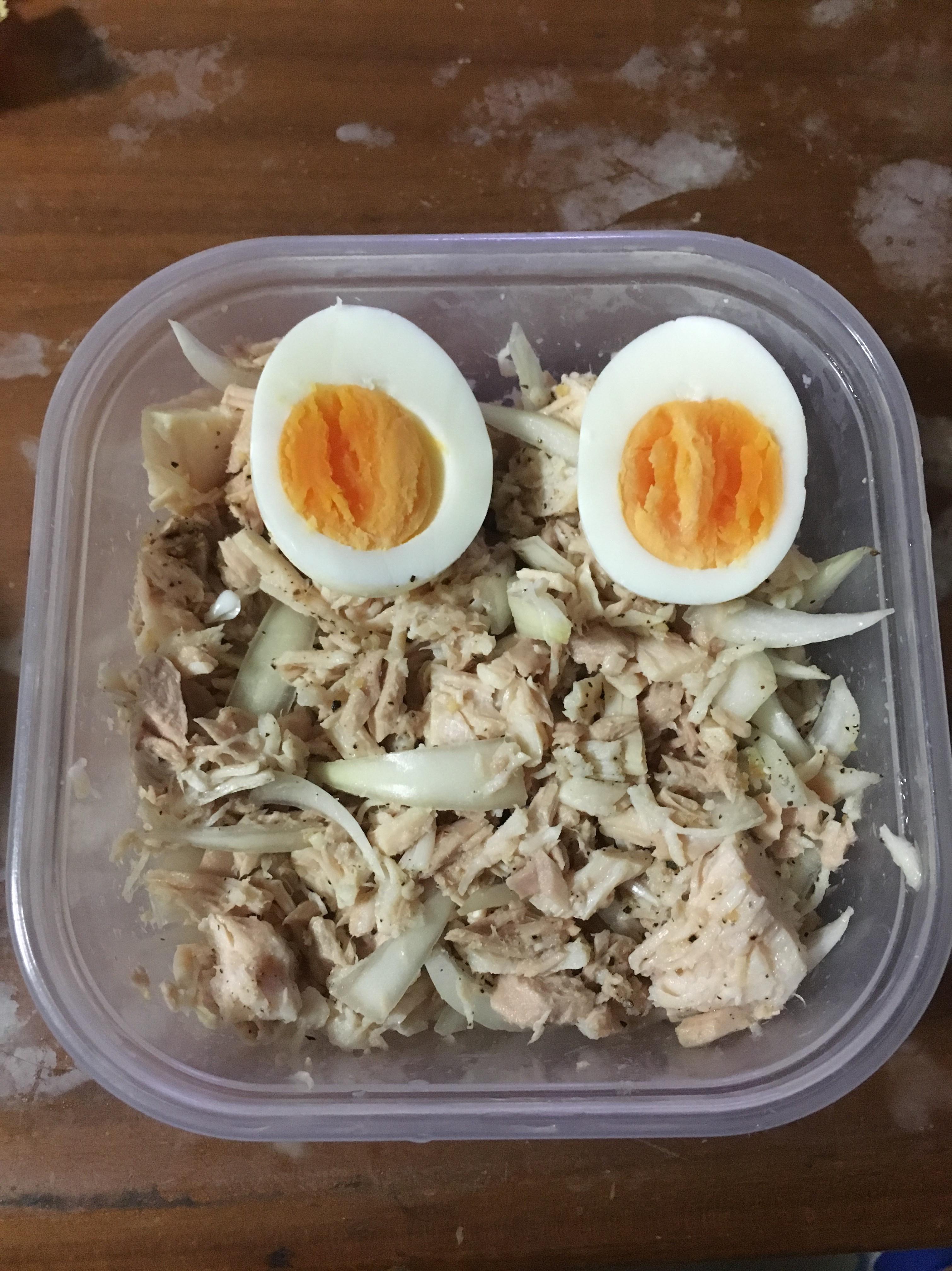 健身餐-涼拌洋蔥鮪魚雞胸肉
