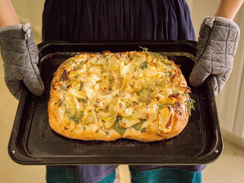 東販小食堂:馬鈴薯佛卡夏麵包
