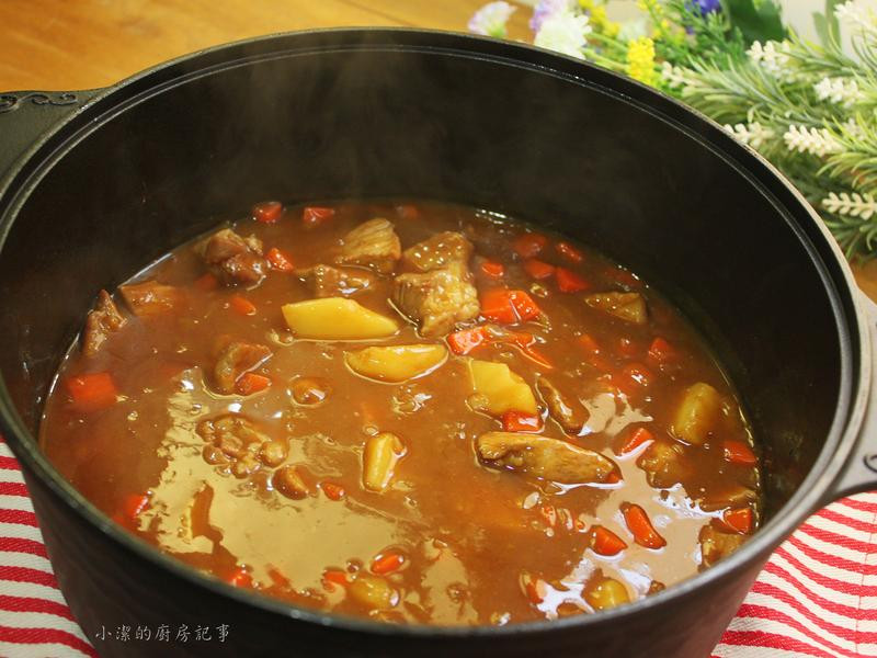 野菜豚肉咖哩