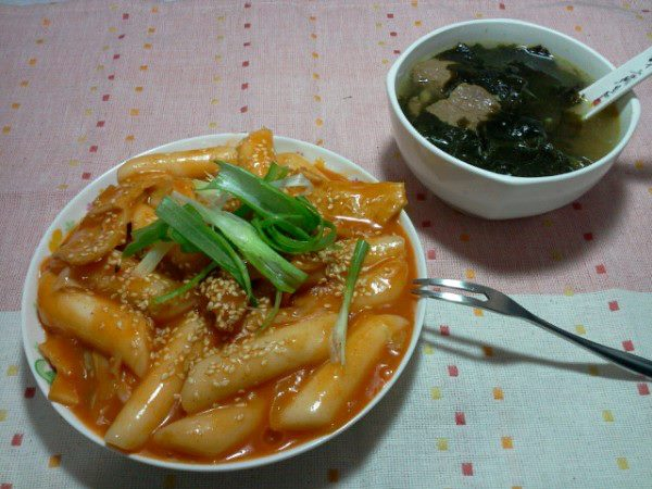 [韓式]辣炒年糕&海帶牛肉湯