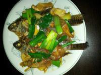 蔥燒海鯽魚