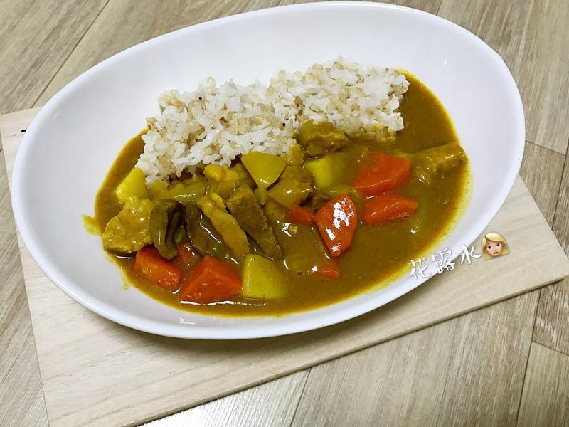 《韓式·咖哩豬飯》