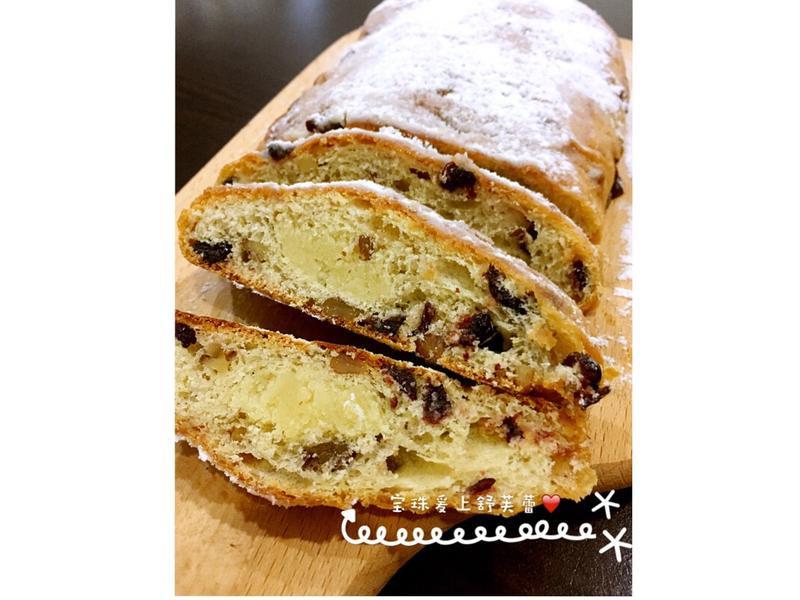 史多倫聖誕麵包