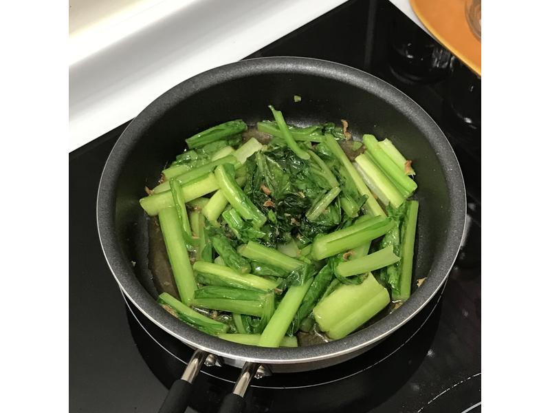 麻油薑炒青菜
