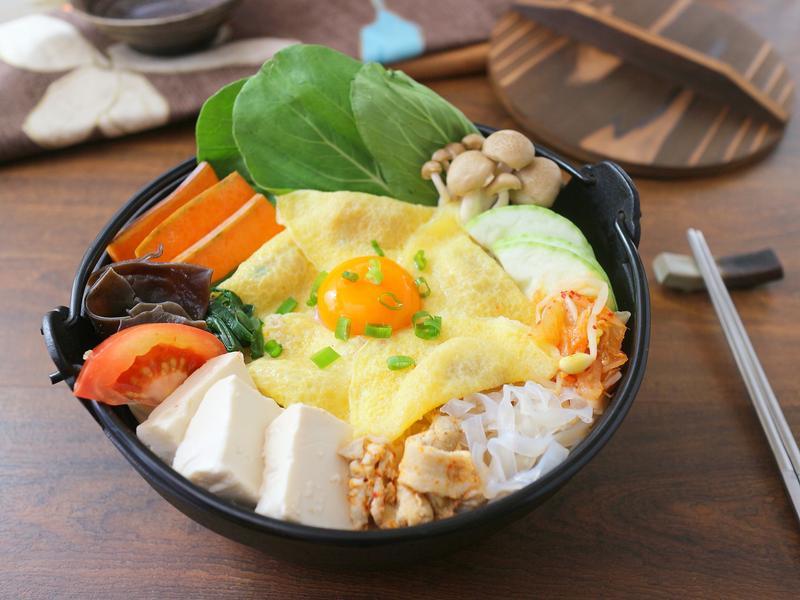 月見泡菜豆腐鍋  小七食堂