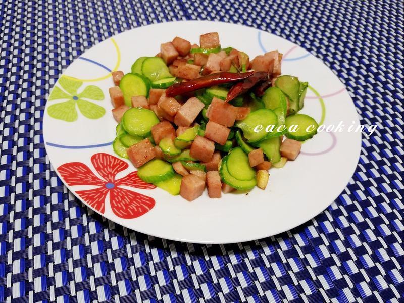 小黃瓜炒午餐肉
