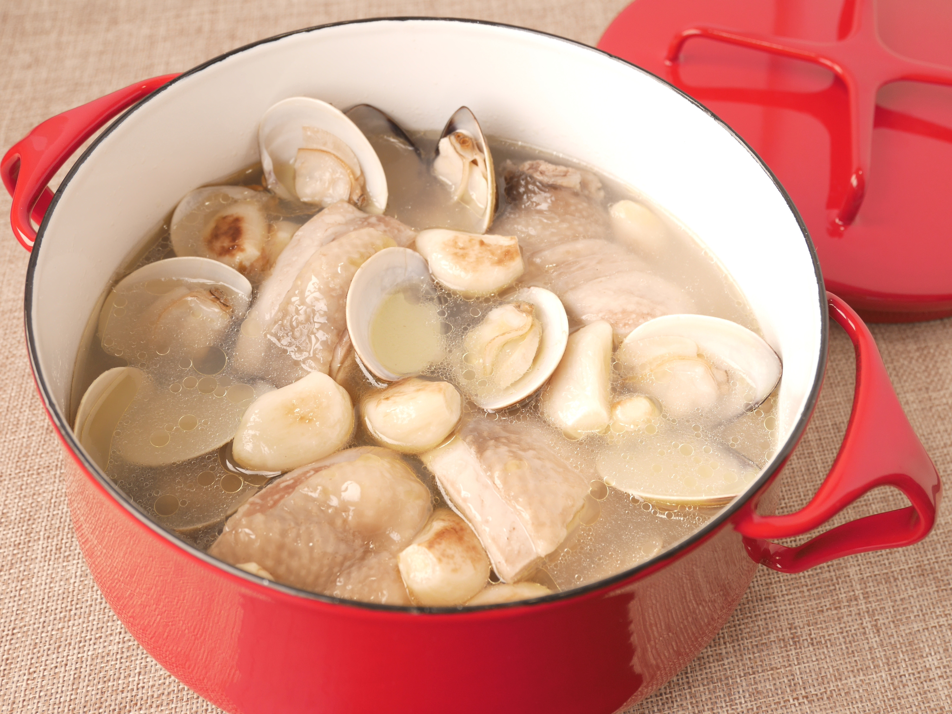 [大同電鍋] 蛤蜊蒜頭雞湯