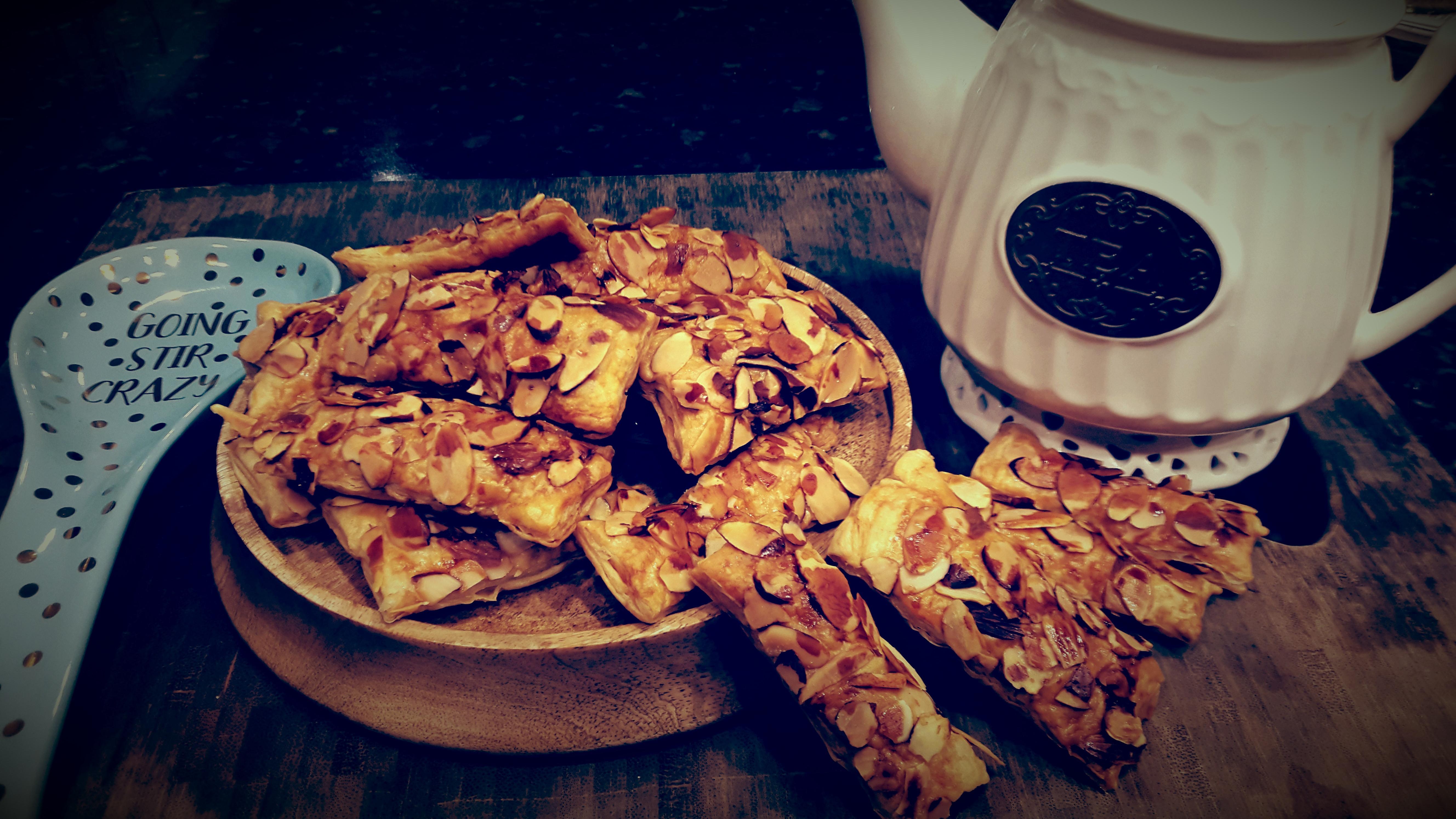 Almond Puff-黑糖杏仁千層酥派
