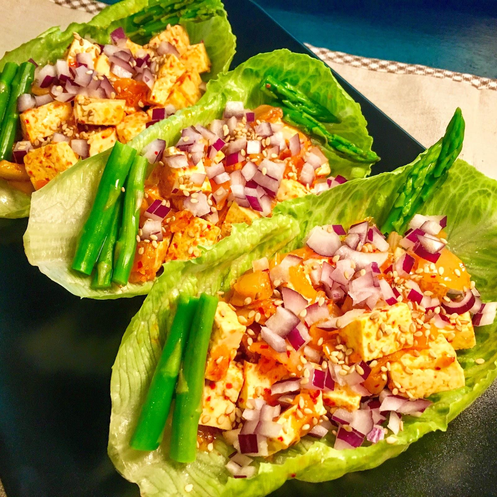 簡單蔬食! 泡菜豆腐生菜捲