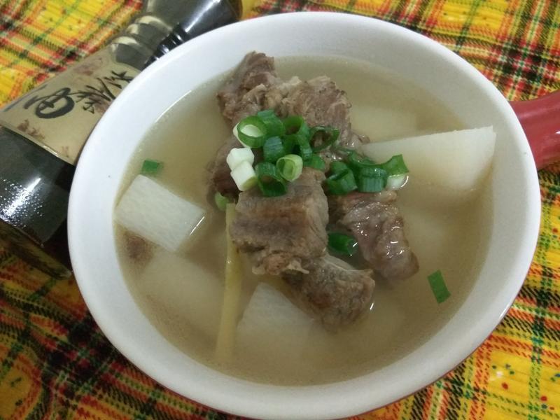 燜燒鍋白玉牛肉清湯【福壽純芝麻油玩料理】