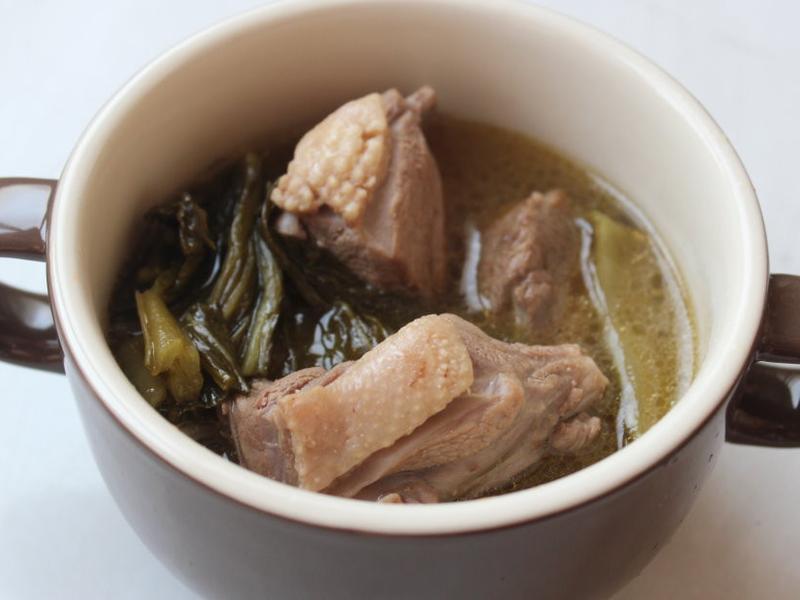 酸菜鴨肉湯