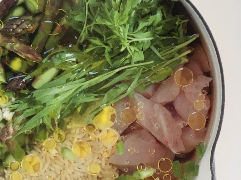 蘆荀香草雞湯