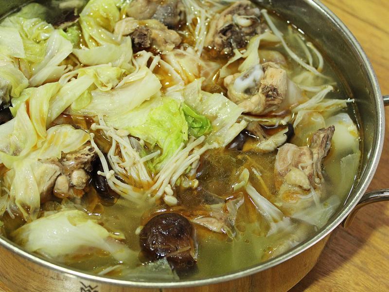 麻油香菇雞湯