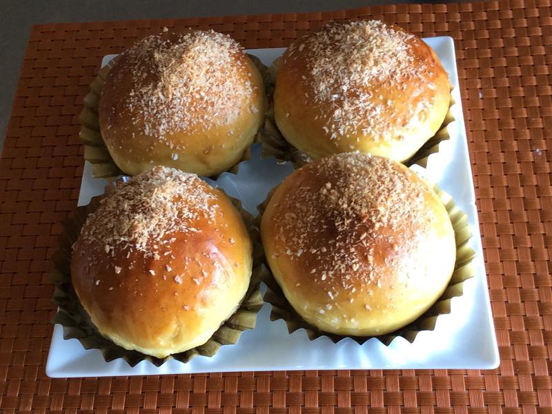 芒果椰蓉麵包