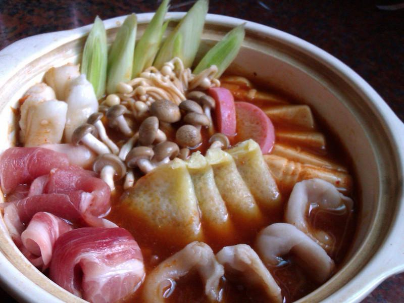 韓式辣味火鍋餃湯