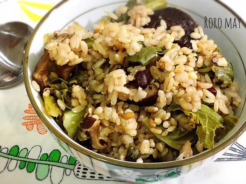 電鍋料理香菇高麗菜飯